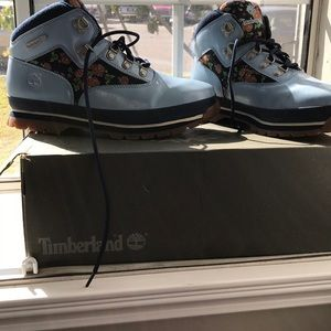 Timberland boots NWOT